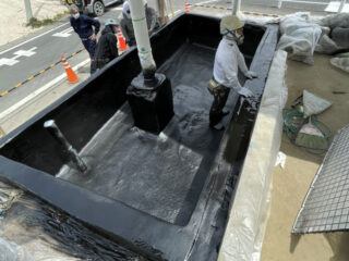 貯水池ポリウレア防水吹付工事/茨城県笠間市